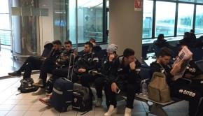La squadra in aeroporto a Caselle(Foto Fc Pro Vercelli)