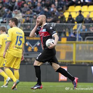 Davide Luppi dopo il gol al Frosinone (Foto Ivan Benedetto)