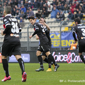 Luca Castiglia dopo il gol al Frosinone (Foto Ivan Benedetto)