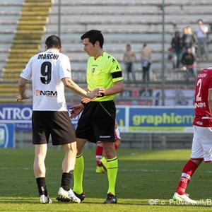 L'arbitro Ghersini (Foto Ivan Benedetto)