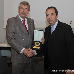 La premiazione del presidente Massimo Secondo (Foto Ivan Benedetto)