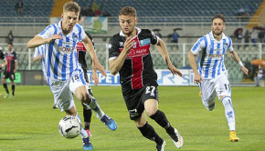 Cristian Bunino contro il Pescara (Foto Ivan Benedetto)