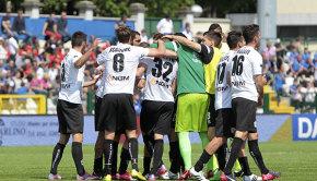 La gioia dopo il gol al Crotone (Foto Ivan Benedetto)