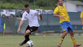 Mattia Sprocati contro il Cumiana Calcio (Foto Ivan Benedetto)