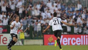 Luca Castiglia esulta per il gol al Cagliari (Foto Ivan Benedetto)