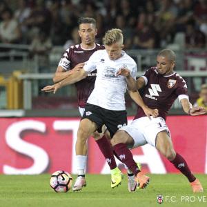 Armando Vajushi contro il Torino (Foto Ivan Benedetto)
