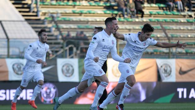 Firenze esulta per il gol al Venezia (Foto Ivan Benedetto)